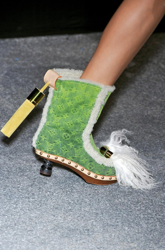Offensive to Style XVIII: sorry, I have to vomit...just now! Louis Vuitton...are You nuts?